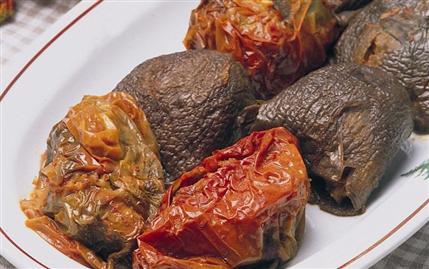 Kuru Patlıcan ve Biber Dolması