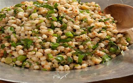 Karatay Mutfağı Buğday Salatası Tarifi