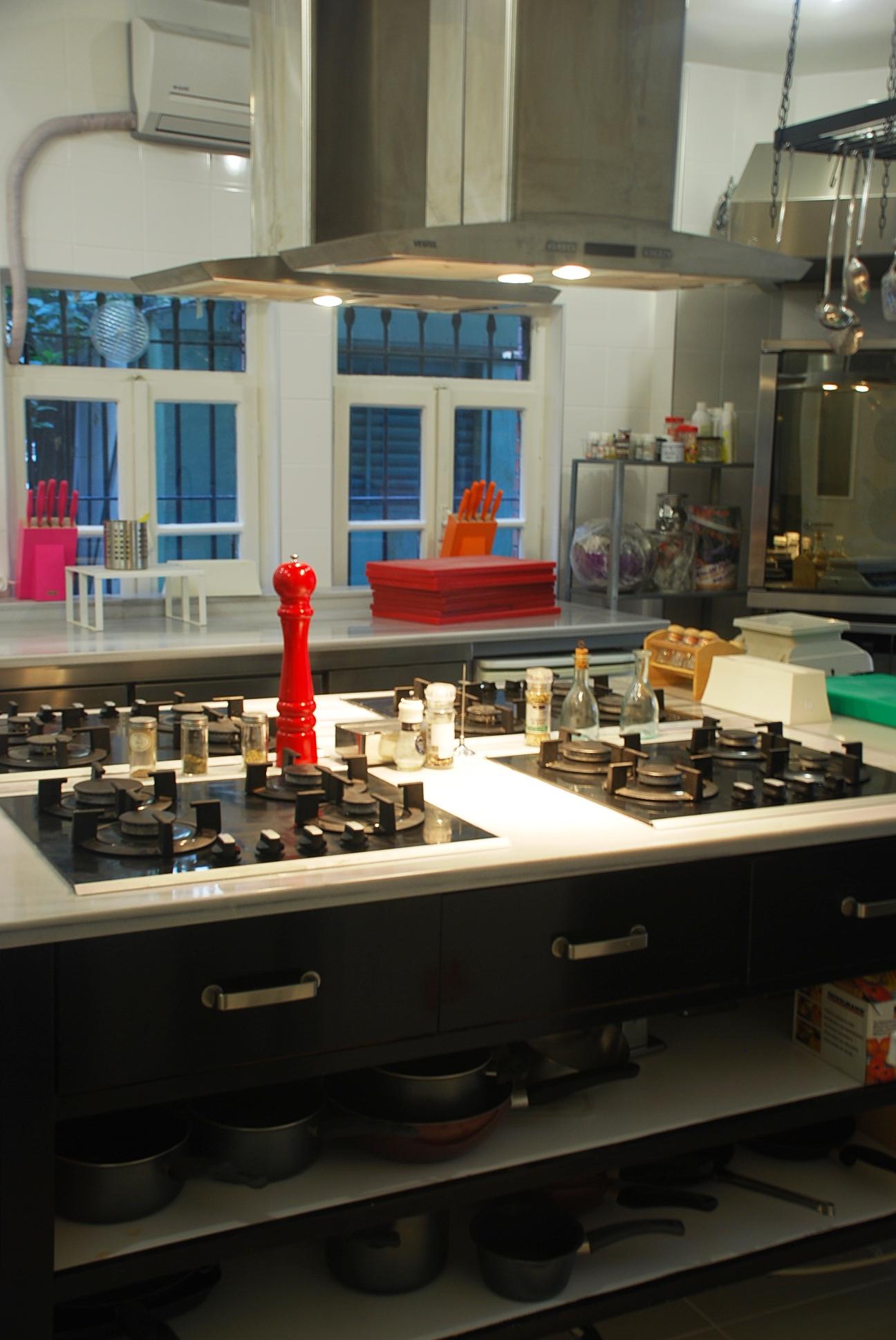 KitchenStudio Academy Kölkünün Kapılarını Mutfakseverlere Açıyor