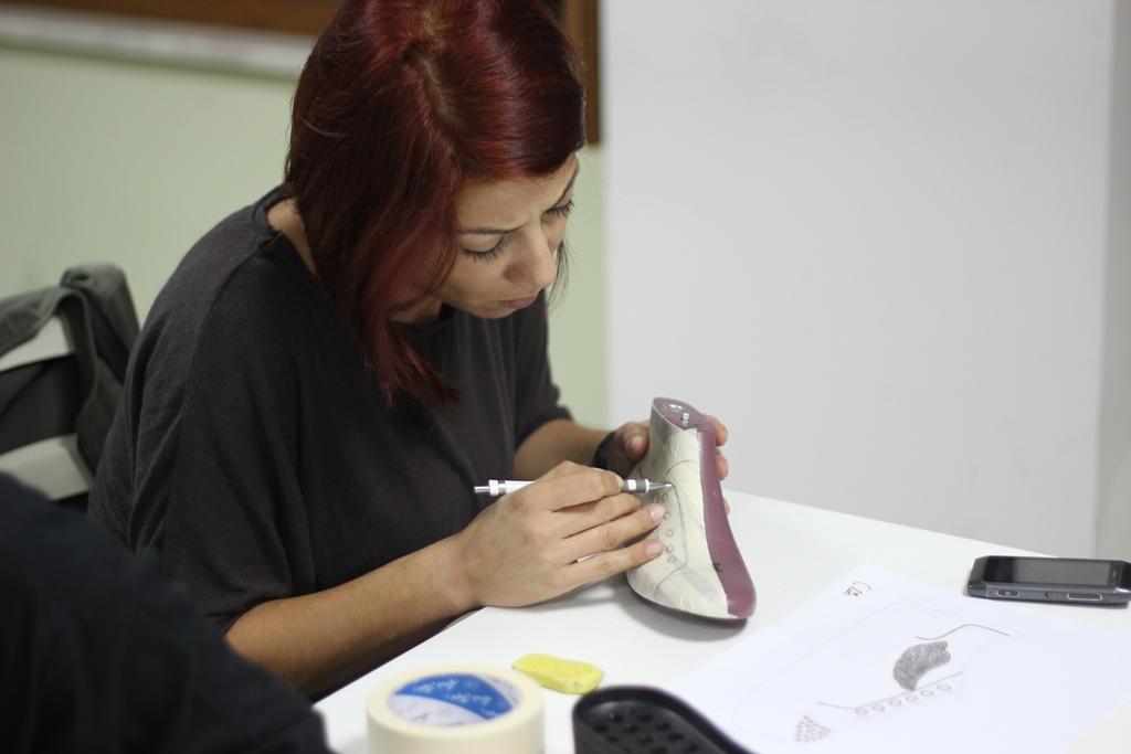 Elle-Esmod İşbirliği ile Uzun Dönem Ayakkabı Tasarım Programı