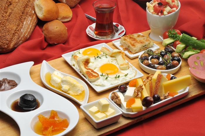 En güzel kahvaltı sofrası